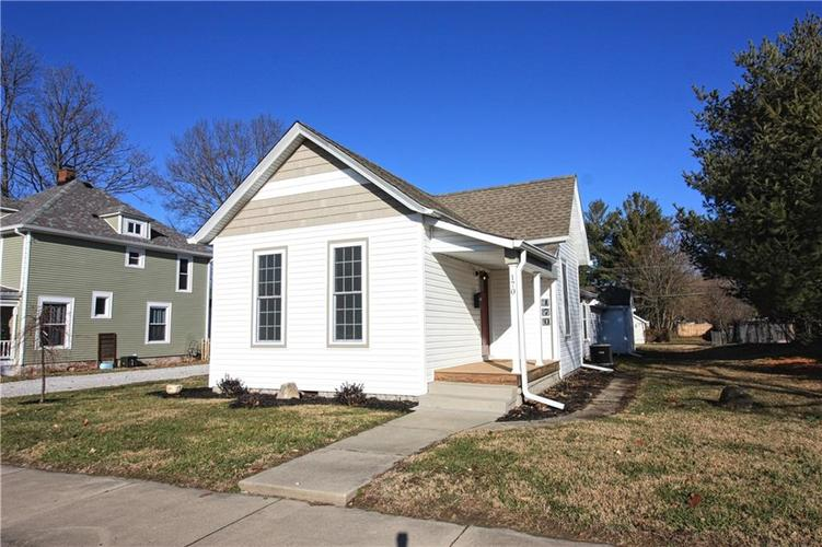 170 W Broadway Street Greenwood, IN 46142 | MLS 21613461