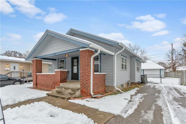 2435 S State Avenue Indianapolis, IN 46203   MLS 21613462