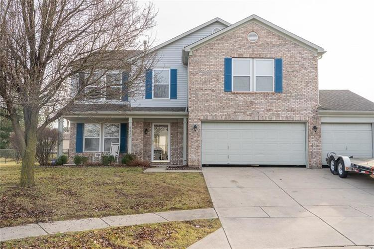 6827  Blackwell Circle Indianapolis, IN 46237 | MLS 21613543