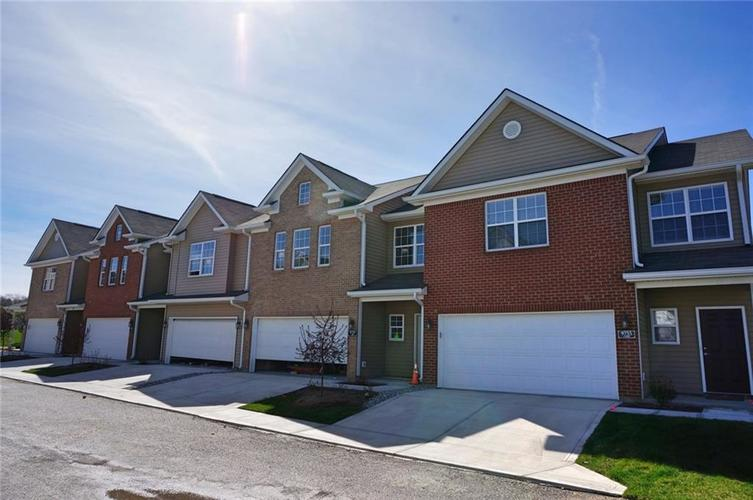 9749  Thorne Cliff Way Fishers, IN 46037   MLS 21613597