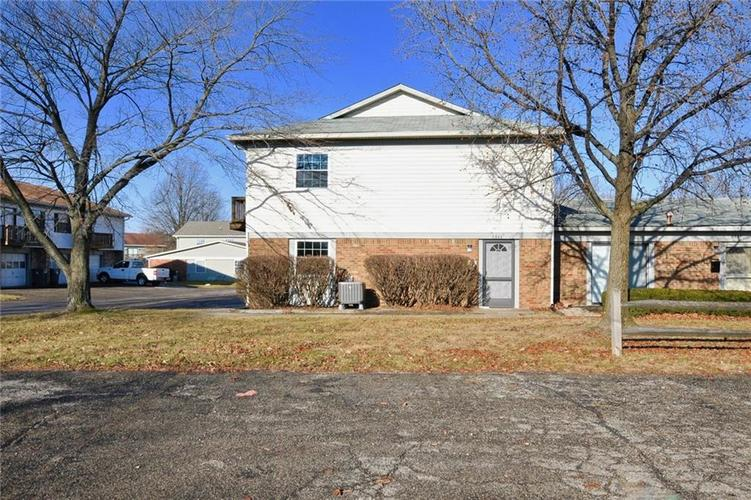 6846 Fall Time Place #15B Indianapolis, IN 46226   MLS 21613754   photo 1
