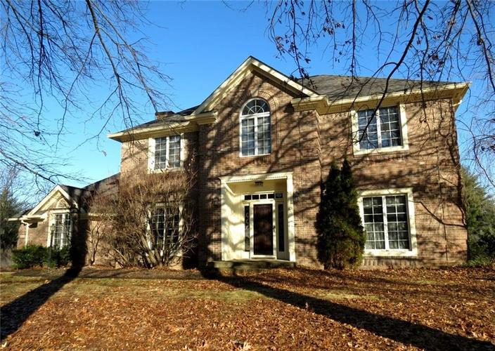 4710  Winterberry Place Columbus, IN 47201 | MLS 21613864