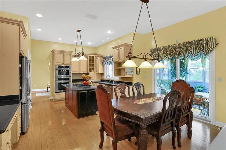 10387 Water Crest Drive Fishers, IN 46038 | MLS 21613880 | photo 10