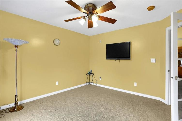 10387 Water Crest Drive Fishers, IN 46038 | MLS 21613880 | photo 29