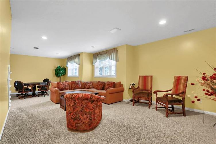 10387 Water Crest Drive Fishers, IN 46038 | MLS 21613880 | photo 37