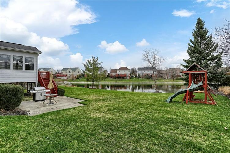 10387 Water Crest Drive Fishers, IN 46038 | MLS 21613880 | photo 45