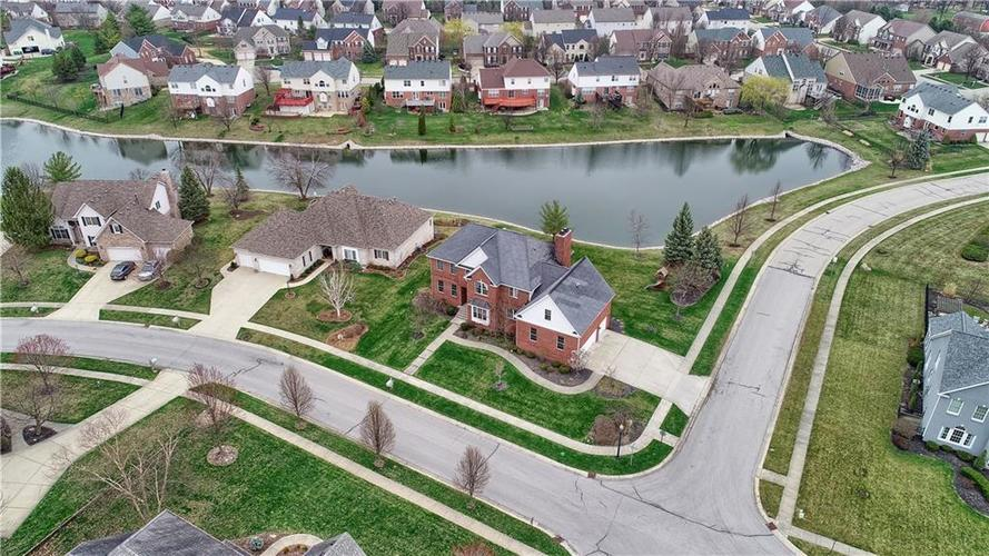 10387 Water Crest Drive Fishers, IN 46038 | MLS 21613880 | photo 47