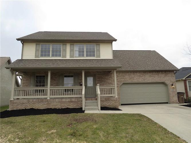 2338 Cameron Drive Columbus, IN 47203 | MLS 21613894 | photo 1