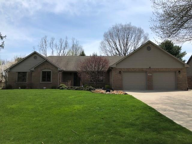 259  Lake Drive Greenwood, IN 46142 | MLS 21613935