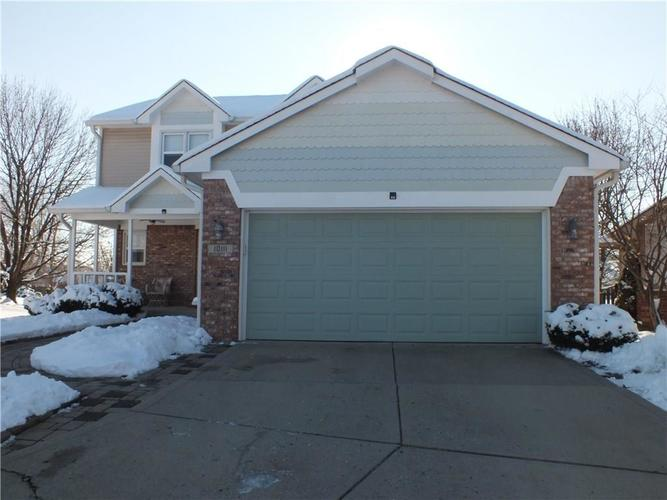 10111 E PARK ROYALE Drive Indianapolis, IN 46229 | MLS 21614028