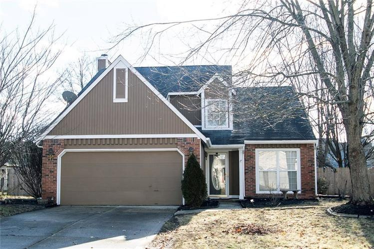 11507 GEIST WOODS Drive Indianapolis, IN 46236 | MLS 21614068 | photo 1