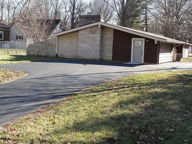 2765 E 65th Street Indianapolis, IN 46220 | MLS 21614128 | photo 1