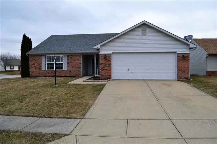 6334  WINSLOW Drive Indianapolis, IN 46237 | MLS 21614288