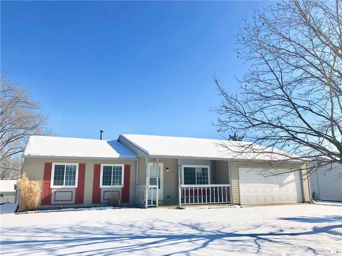 595  Boonesboro Road Greenwood, IN 46142 | MLS 21614614