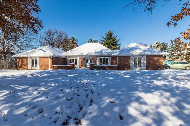 9530  Holliday Drive Indianapolis, IN 46260 | MLS 21614693