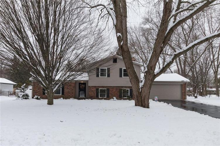 1125 W 77th Street South Drive Indianapolis, IN 46260 | MLS 21614890 | photo 1