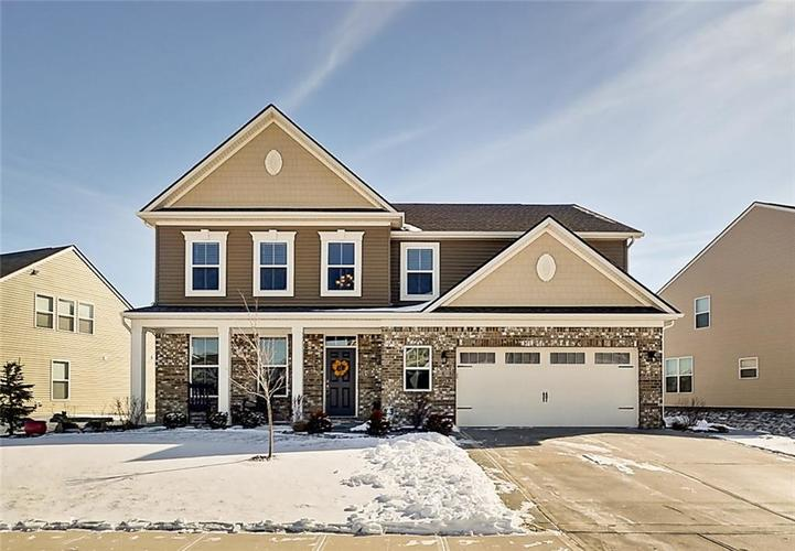 2555  Cormorant Drive Greenwood, IN 46143 | MLS 21614969