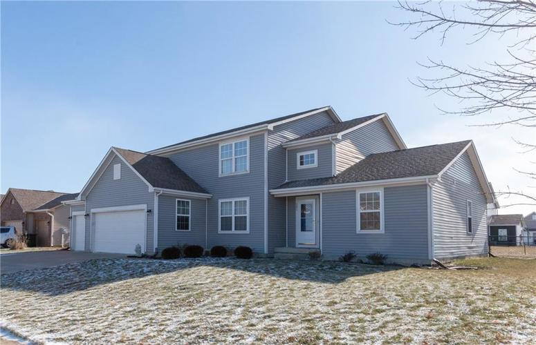 901  Gondola Run Greenfield, IN 46140 | MLS 21614991
