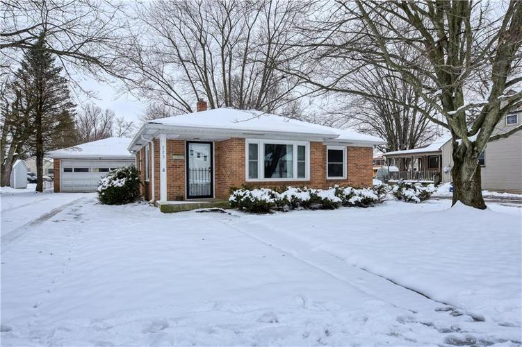 533 E College Avenue Brownsburg, IN 46112 | MLS 21615091