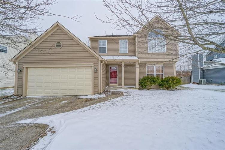 6758  Hollingsworth Drive Indianapolis, IN 46268 | MLS 21615110