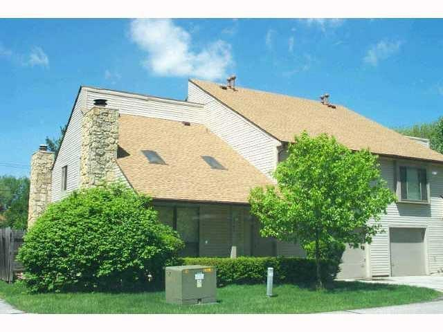 2560  HIDEAWAY North Drive  Indianapolis, IN 46268 | MLS 21615430