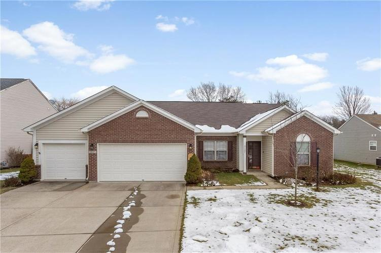 9127 N River Chase Lane McCordsville, IN 46055 | MLS 21615543 | photo 1