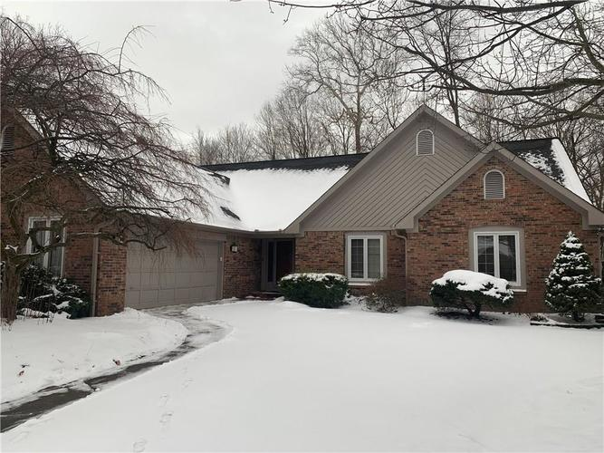 7491 RUNNINGBROOK Court Indianapolis, IN 46254 | MLS 21615773 | photo 1