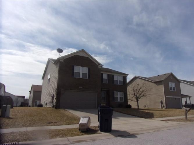 10285  Haag Drive Brownsburg, IN 46112 | MLS 21615787