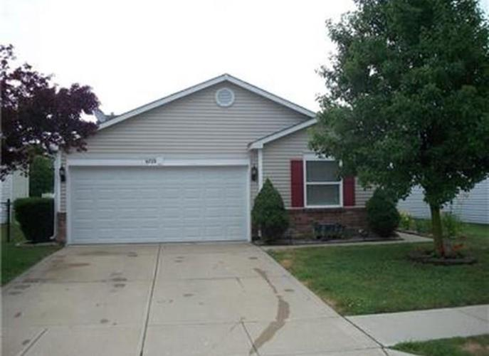 6723  Waverhill Drive Indianapolis, IN 46217 | MLS 21615854