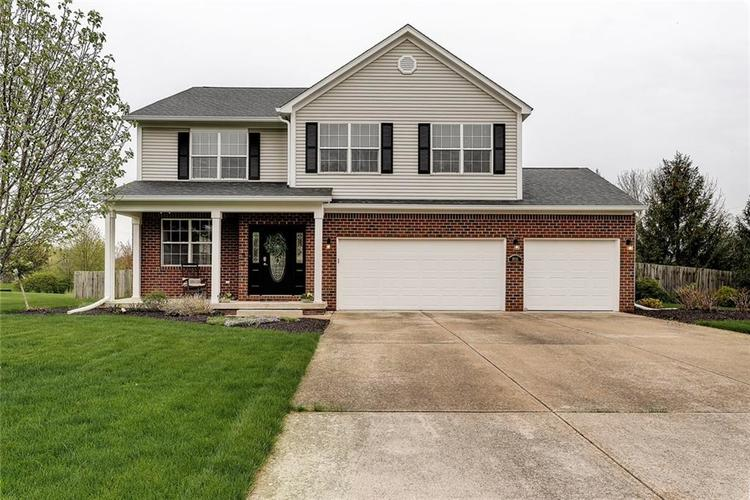 9751  Barth Drive Zionsville, IN 46077 | MLS 21616125