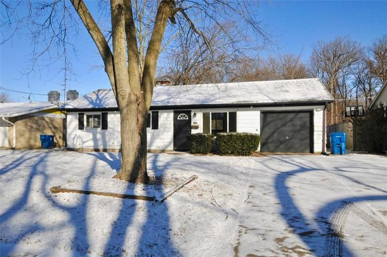 8124 E 37th Place Indianapolis, IN 46226 | MLS 21616197