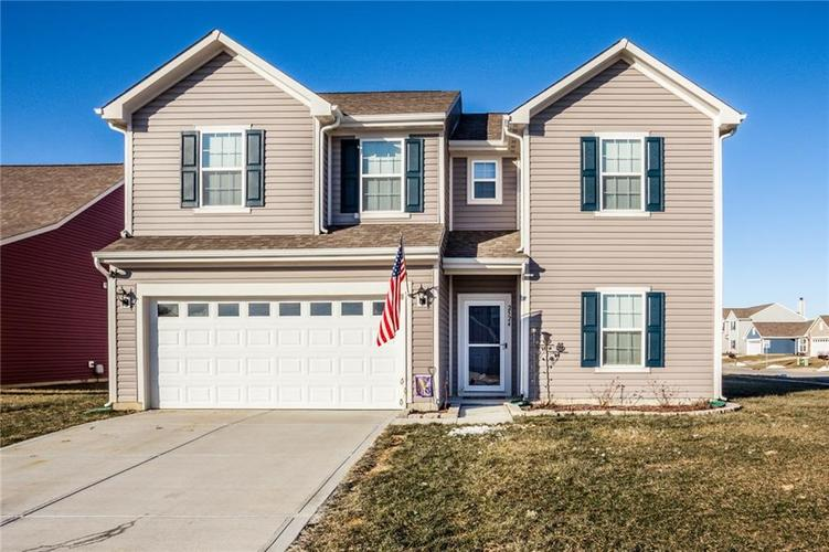 2524  Shadowbrook Trace Greenwood, IN 46143 | MLS 21616254