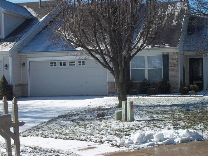 1245  Oak Knoll Court Indianapolis, IN 46217 | MLS 21616304