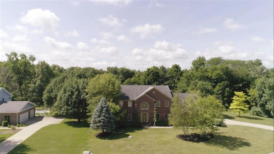 10571  TRADERS Pass Brownsburg, IN 46112 | MLS 21616432