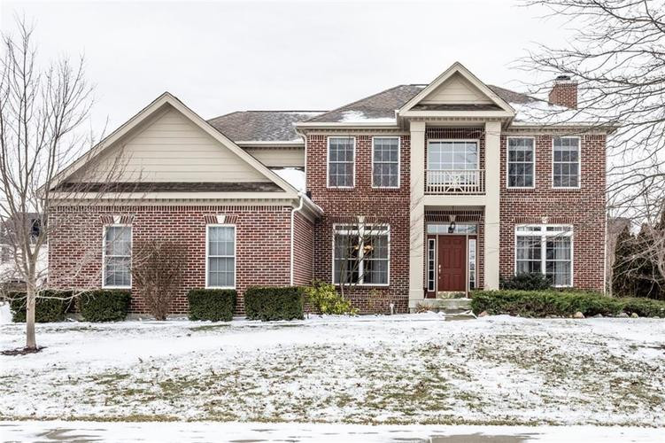 8829  Pin Oak Drive Zionsville, IN 46077 | MLS 21616552