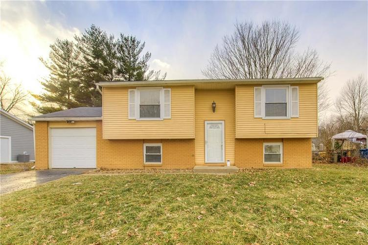 214  Fenster Drive Indianapolis, IN 46234 | MLS 21616678