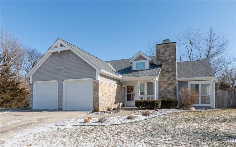 9319  Embers Way Indianapolis, IN 46250 | MLS 21616824