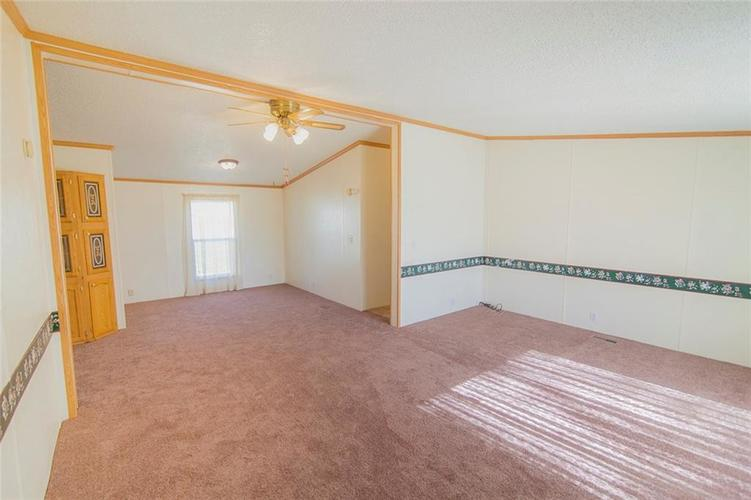 5064 S State Road 13 Lapel, IN 46051 | MLS 21616831 | photo 3