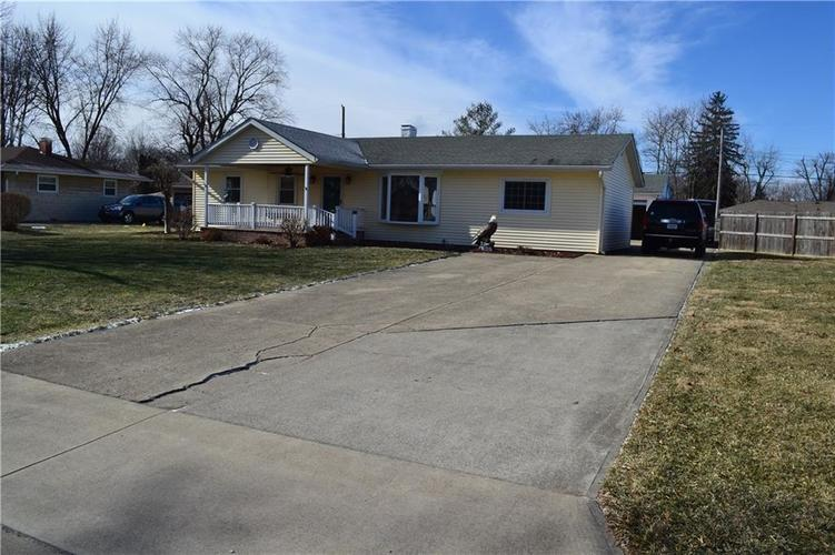 518  Lawndale Drive Greenwood, IN 46142 | MLS 21616962