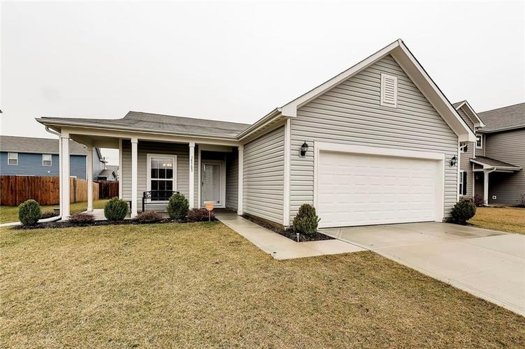 15183  Silver Charm Drive Noblesville, IN 46060 | MLS 21617001
