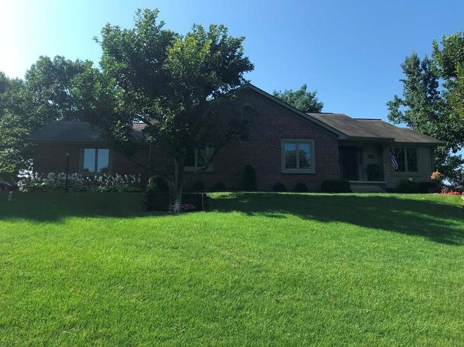 3165 W Burning Tree Road Crawfordsville, IN 47933 | MLS 21617033 | photo 1