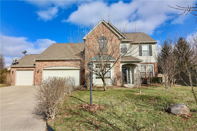 12750  Bent Oak Court Indianapolis, IN 46236 | MLS 21617122