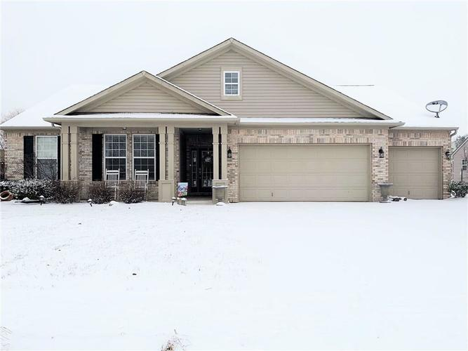 1790  SPRING BEAUTY Drive Avon, IN 46123 | MLS 21617171