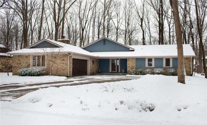 7323  Wood Stream Drive Indianapolis, IN 46254 | MLS 21617205