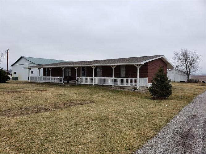 9317 W State Road 42  Stilesville, IN 46180 | MLS 21617260