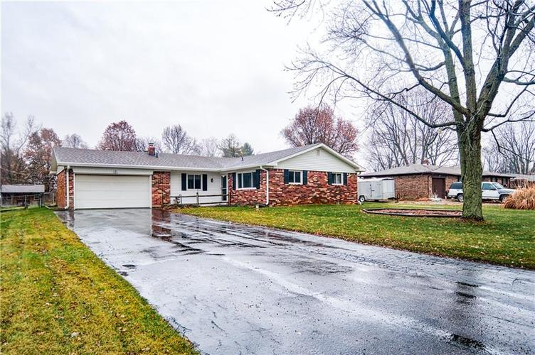 7840  Sharon Drive Avon, IN 46123 | MLS 21617284