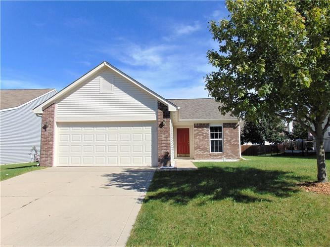 3221  Monterey Drive Whiteland, IN 46184 | MLS 21617659