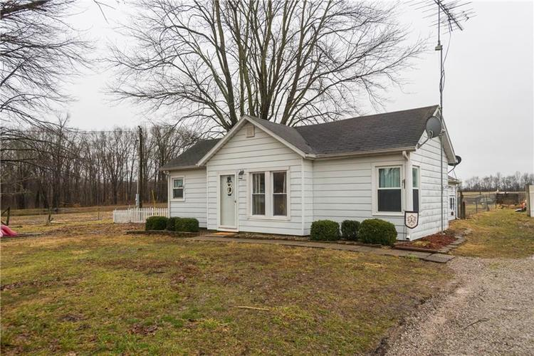 11027 E State Road 250  Crothersville, IN 47229   MLS 21617719