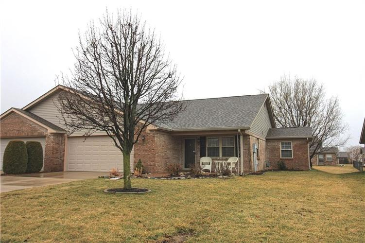 1704 Vidalia Court Greenwood, IN 46143 | MLS 21618081 | photo 1
