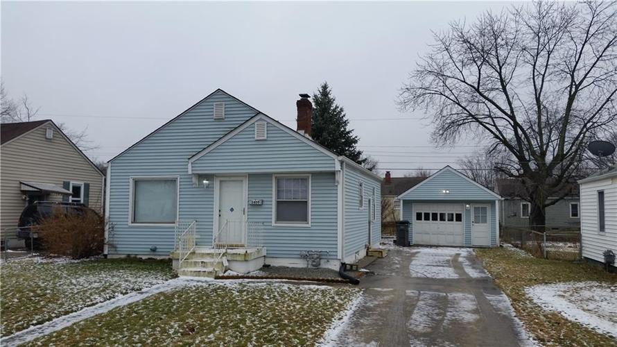 5409 E 20th Street Indianapolis, IN 46218 | MLS 21618451